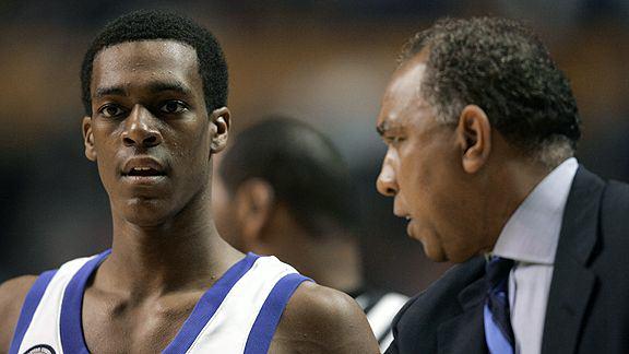 Rajon Rondo oraz coach Tubby Smith